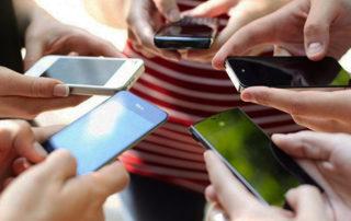 Vivir mirando al móvil