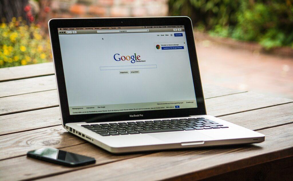 ¿Qué es el cementerio de Google? - El Ático de las Ideas