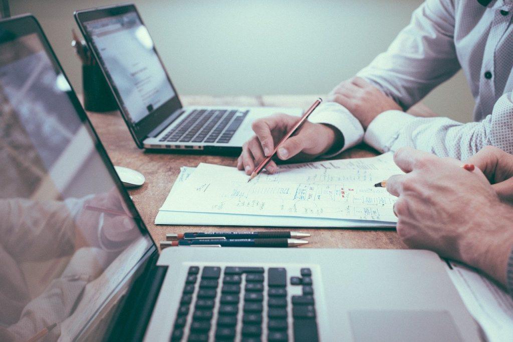 Modelos de negocio y de ingresos - El Ático de las Ideas
