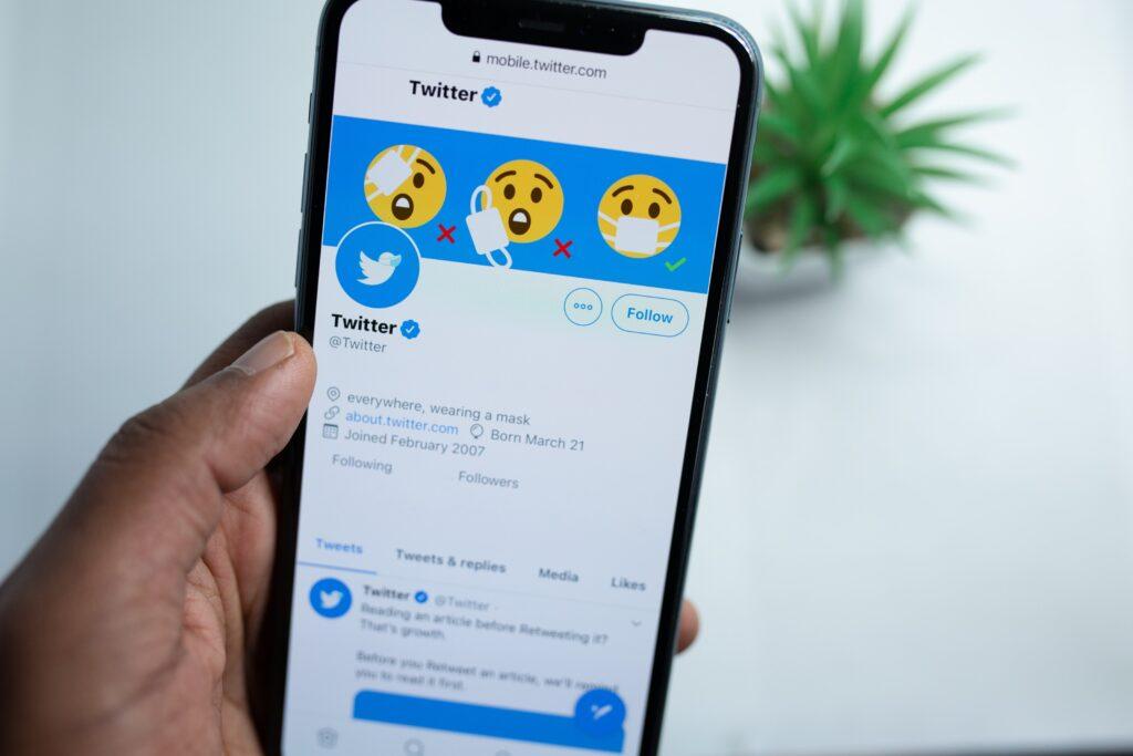 ¿Quieres conocer los Espacios de Twitter? - El Ático de las Ideas